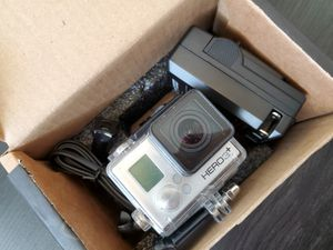 Gopro action camera with accessories for Sale in Fort Lauderdale, FL
