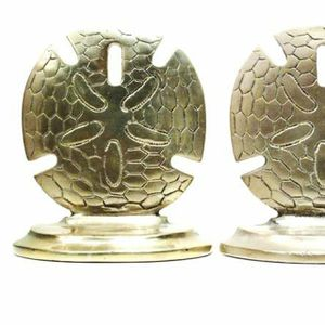 Pair Vintage Sand Dollar Nautical Beach Bookends Sculpted Figure for Sale in Queens, NY