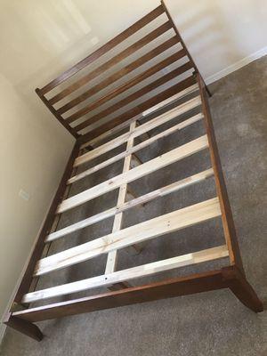 King wood bed frame for Sale in St. Petersburg, FL