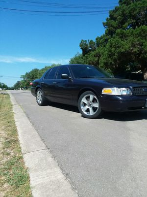 Crown Victoria 2003! Trade for gmc or Chevy truck for Sale in Austin, TX