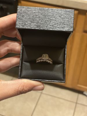 Wedding set for Sale in Columbus, OH