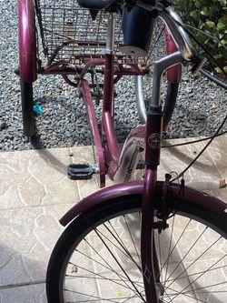 Schwinn Meridian Adult Trike, Three Cycle for Sale in Miami,  FL