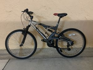 BICYCLE SCHWINN 21 SPEED EXCELLENT CONDITION for Sale in Miami, FL