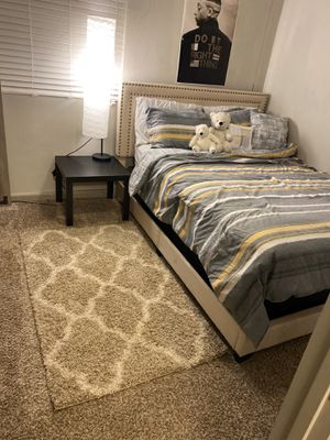 Bed and box spring + bed frame set $230 for Sale in Nashville, TN