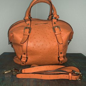 🍂🍁Perfect bag for the fall🍂🍁 for Sale in Las Vegas, NV