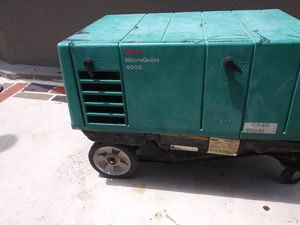 Gas Onan generator good working conditions$1850.00 for Sale in BVL, FL