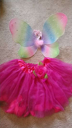 Fairy wings & tutu skirt! for Sale in Lakeville, MN