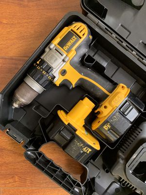 DeWalt Hammer Drill Kit With 2 Batteries, Charger and Hard Case for Sale in Norwalk, CA