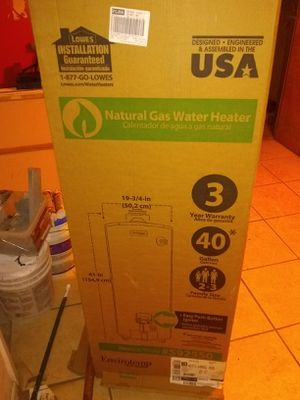Natural gas water heater for Sale in East Orange, NJ