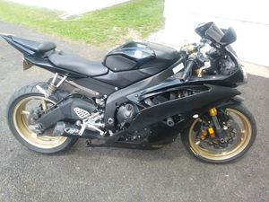 2009 yamaha yzfr6 for Sale in Mitchell, IL