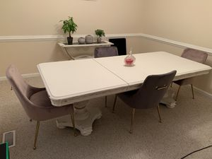 Dining Table & Chairs for Sale in Suffolk, VA