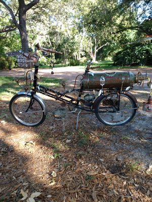 Bicycle plant and flower holders for Sale in Lake Wales, FL