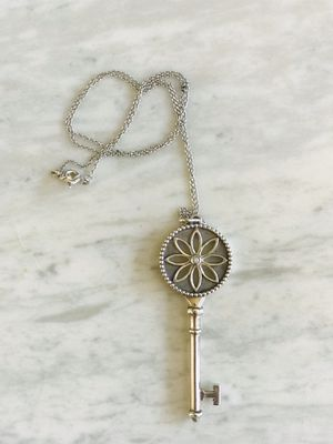 NEW - TIFFANY Diamond Key Necklace for Sale in Niederwald, TX