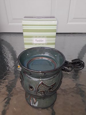 NEW! Retired Scentsy Poseidon Full size warmer for Sale in Aurora, CO