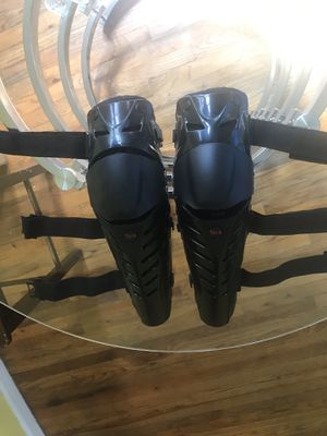 Tera motorcycle gear knee and chin protectors for Sale in Brooklyn, NY