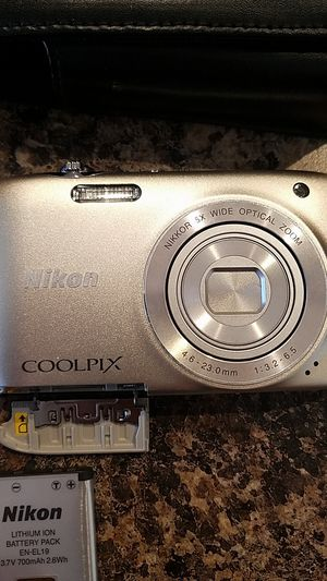 Nikon coolpix digital camera for Sale in Commerce City, CO