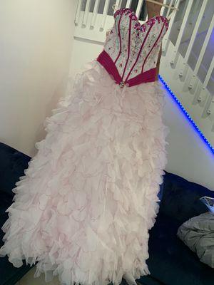 Quinceanera dresses for Sale in Miami, FL