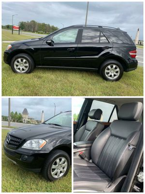 2006 Mercedes ML350, 3.5L V6, Fwd 120k Miles, 1 owner, GPS, Automatic 4x2 Leather Seat, Sunroof * Hablamos Español * for Sale in Orlando, FL
