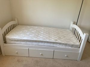 Mattress + bed frame for Sale in San Diego, CA