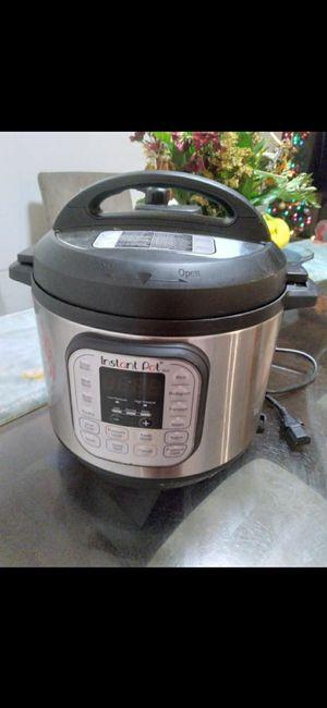 6qt instant pot for Sale in Mesquite, TX