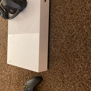 X Box One S for Sale in Fresno, CA