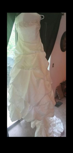 Wedding dress..size 16 runs a little small - Morilee by Madeline Gardner for Sale in Naperville, IL