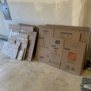 Moving Boxes Free for Sale in Vancouver, WA