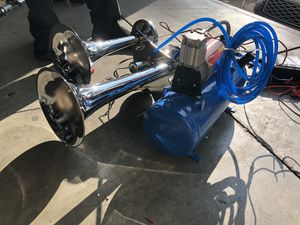 Chrome Train horn with air compressor and tank 12volt for Sale in Rowland Heights, CA