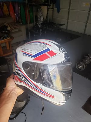 Shoei Helmet motorcycle rf1200 for Sale in Houston, TX