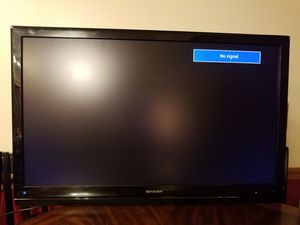 "Sharp 42"" flatscreen tv for Sale in WI, US"