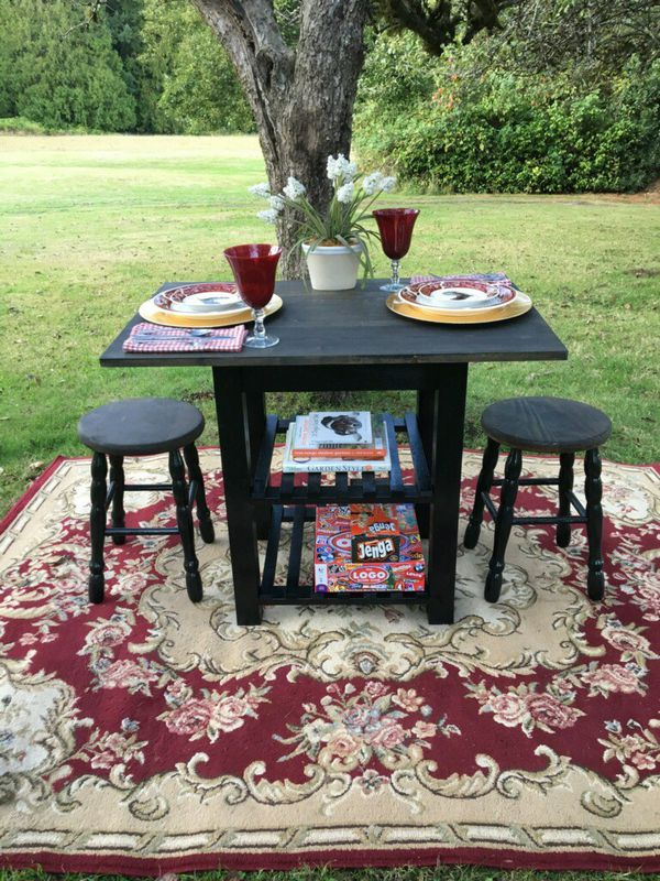 Updated custom dining table set - delivery available