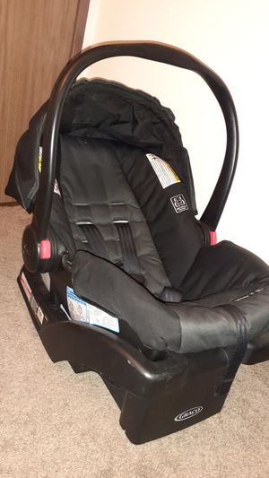 Snugride click connect graco carseat for Sale in Phoenix, AZ
