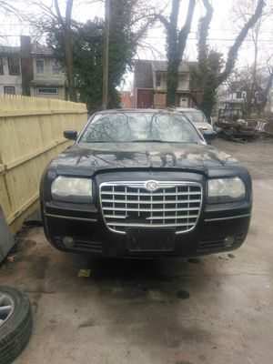 2007 Chrysler 300 Awd parts car for Sale in Baltimore, MD