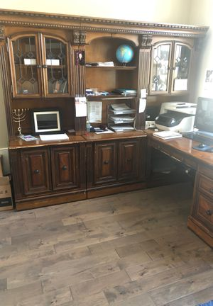 Office furniture for Sale in Puyallup, WA
