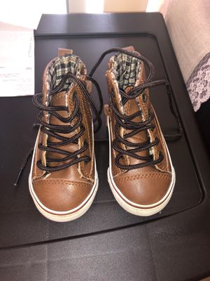 Baby boy high top shoes. for Sale in West Palm Beach, FL