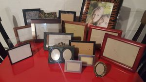 Picture Frame Assortment (17) for Sale in Brunswick, OH