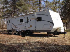 2009 camper still looking new for Sale in Cedar Rapids, IA