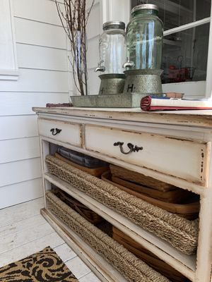 Buffet/Console table for Sale in Wenatchee, WA