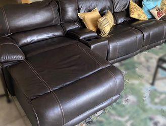 Black/Brown Leather Vinyl sectional Couch w/ 3 Powered Recliners, 1 Regular Seat, & 1 Lounge Seat Recliner for Sale in Fort Lauderdale,  FL