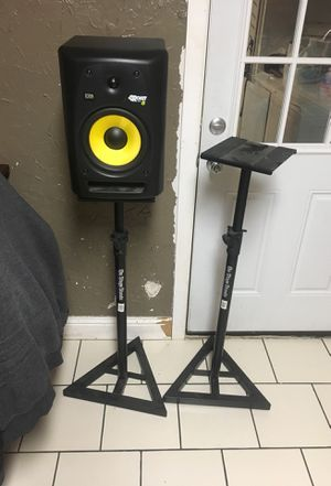 On stage monitor stands in good condition for Sale in Dallas, TX