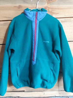 Patagonia zip up fleece size 10 for Sale in Eddyville, IL