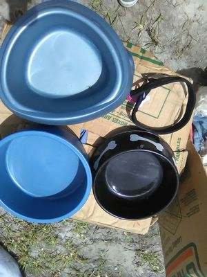 Dog bowls, pet bowls for Sale in Fort Myers, FL