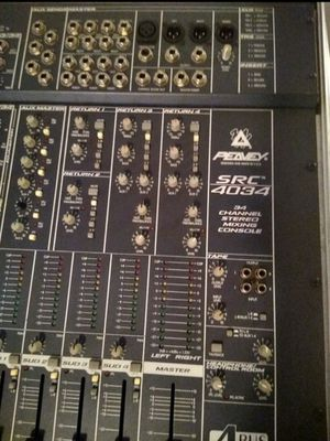 Peavey 32 chanels mixer for Sale in Pasadena, TX