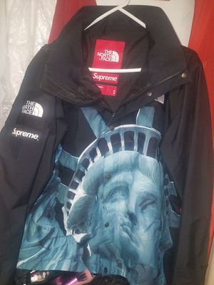 Supreme TNF statue of liberty jacket for Sale in Queens, NY