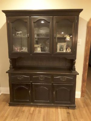 Antique mahogany China cabinet for Sale in Houston, TX