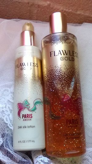 Bath and body works 14k gold shower and lotion set for Sale in Laveen Village, AZ