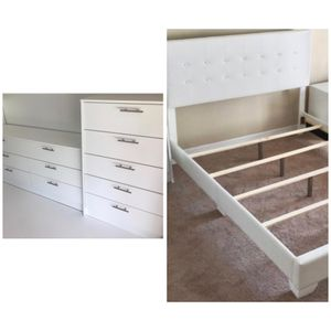 New queen bed frame dresser and chest mattress is not included for Sale in Orlando, FL
