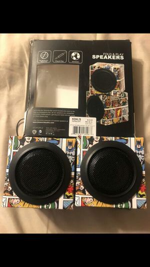 Comics Fold And Play Cubed Speakers for Sale in Santa Ana, CA