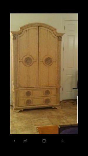 King size bedroom set for Sale in Chandler, AZ