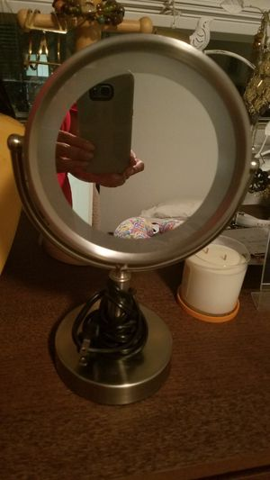 Vanity mirror for Sale in Portland, OR